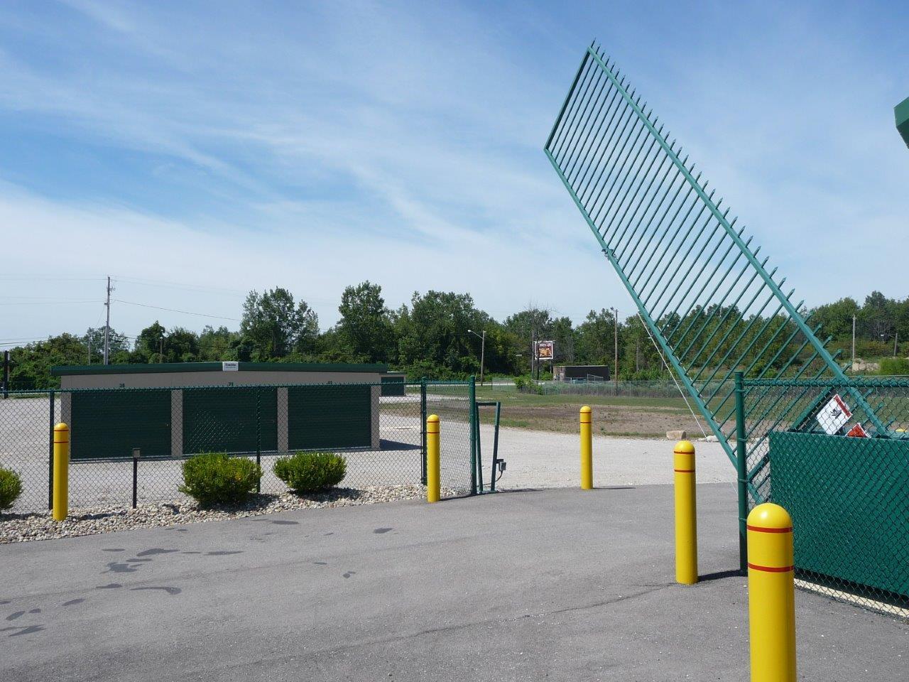 Vertical Pivot Gate Operators Manufacturer Autogate