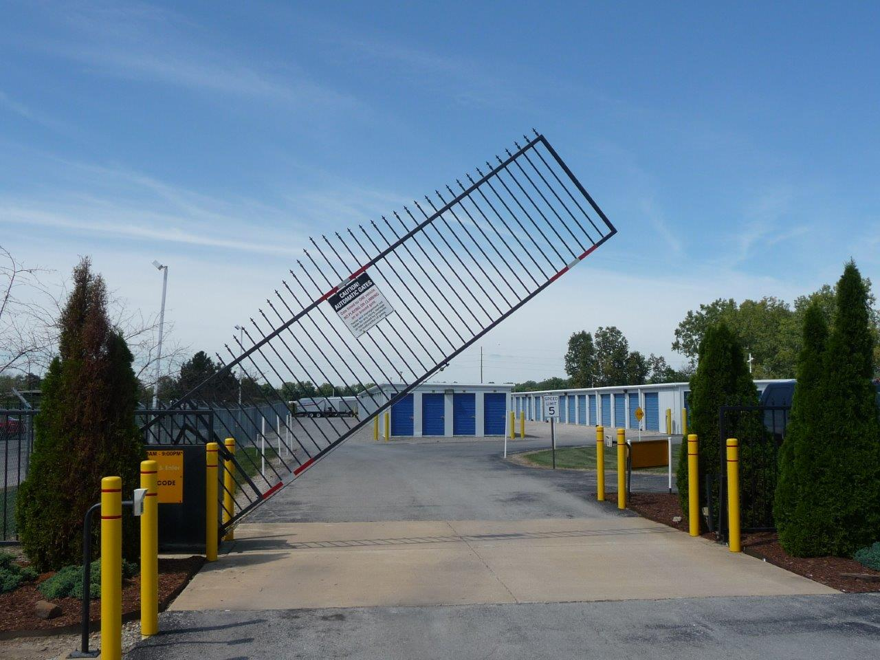 Vertical Pivot Gate at Budget Self Storage-Buckeye