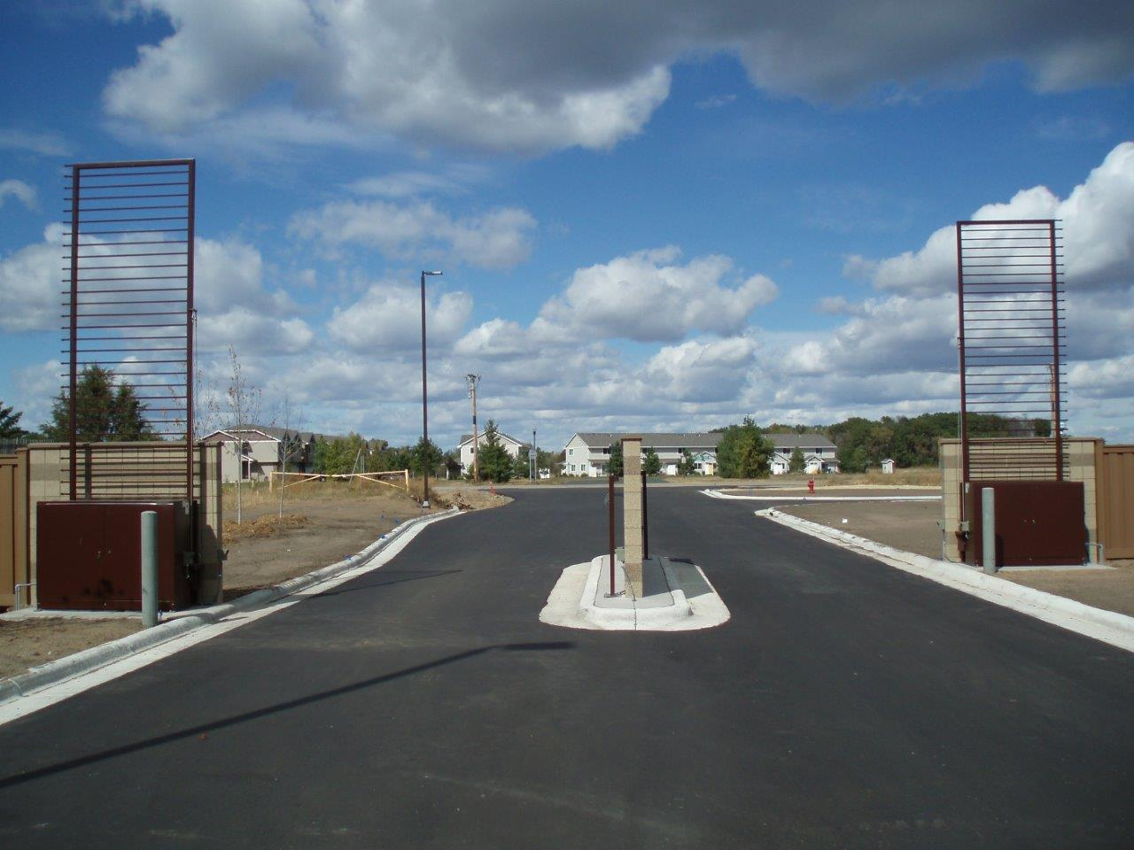Automatic Entrance and Exit Vertical Pivot Gate System